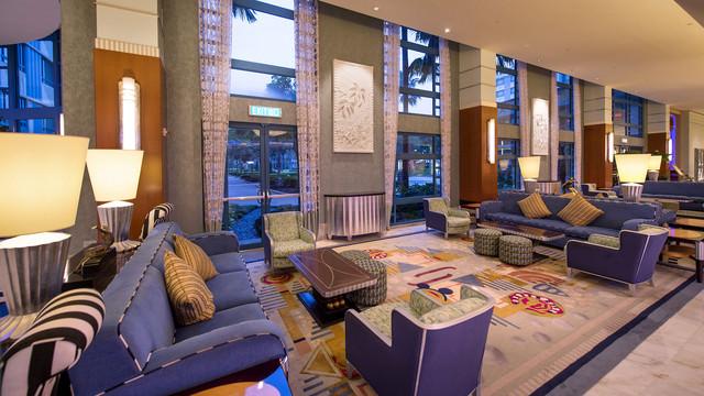 hkdl-hotel-disney-hollywood-hotel-interior
