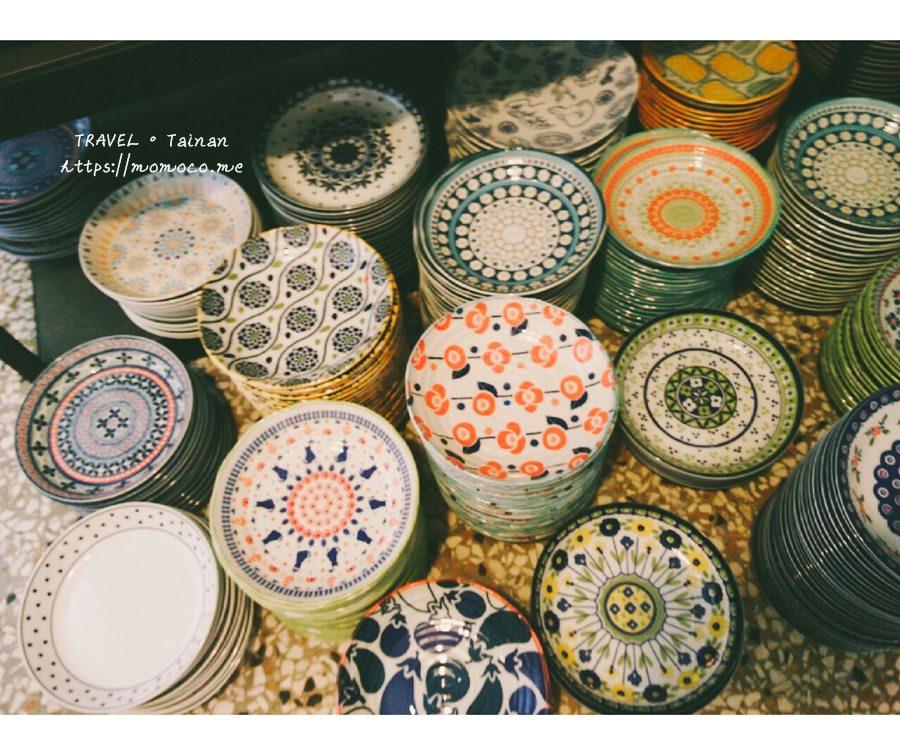 【台南中西區】復古味十足!餐桌上的鹿早♥超多漂亮可愛的杯盤餐具~