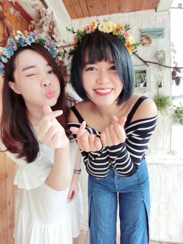 |Momoco。毛毛摳專欄|跟閨蜜姐妹一起夢幻乾燥花吧!可以一直戴花圈拍照的小夢境