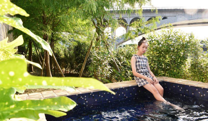 宜蘭冬山民宿 – 擁有超大泳池又超好拍的宜蘭灣曲時尚渡假會館!