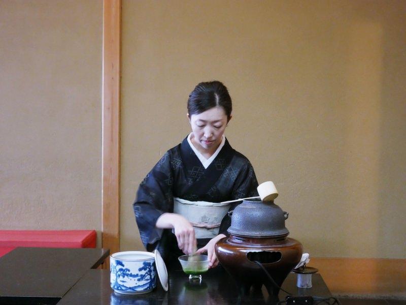 日本北九州 | 終於看到茶道了!!小倉城庭園