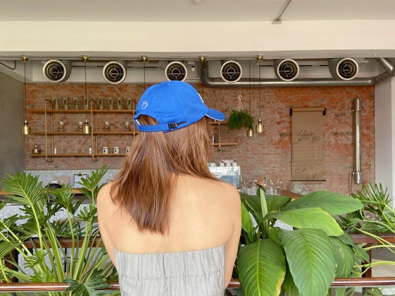 如非戴帽不可,建議選擇具透氣能力的多功能帽。來自美國品牌朱尼博Juniper,防水、防曬、抗UV、透氣。(Juniper)